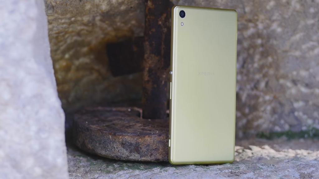 Imagen trasera del Sony Xperia XA Ultra