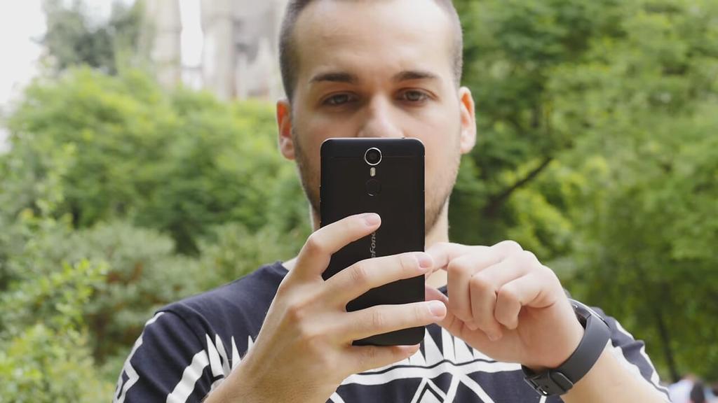 Uso del Ulefone Metal
