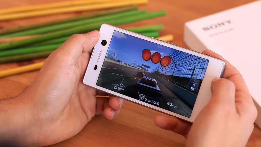 Ejecución de juego en el Sony Xperia M5