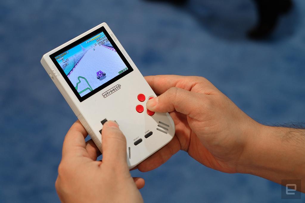 Uso de la consola portátil Super Retro Boy