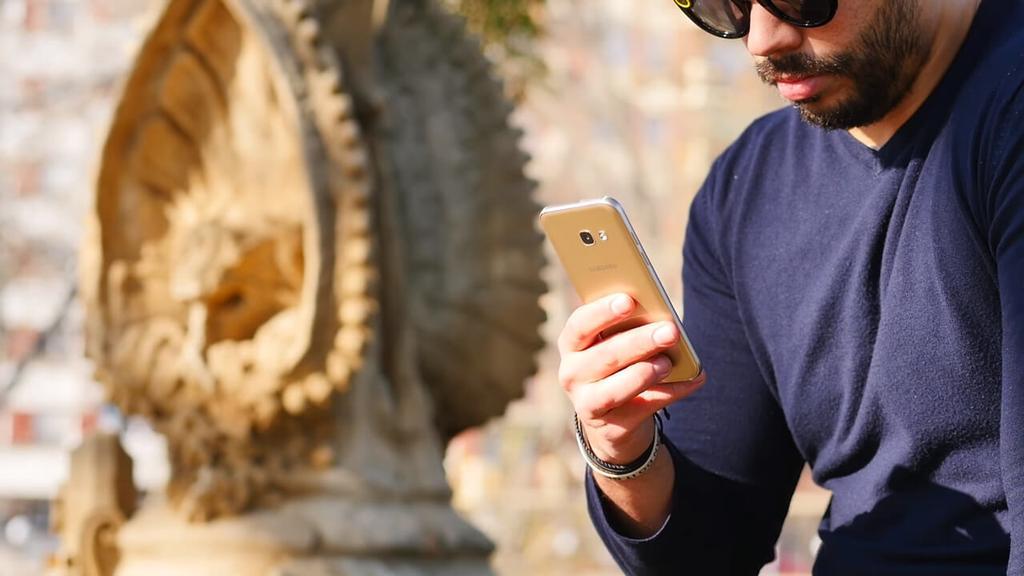 Teléfono Samsung Galaxy A3 2017