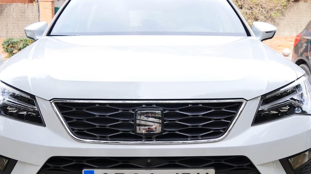Imagen frontal del SEAT Ateca
