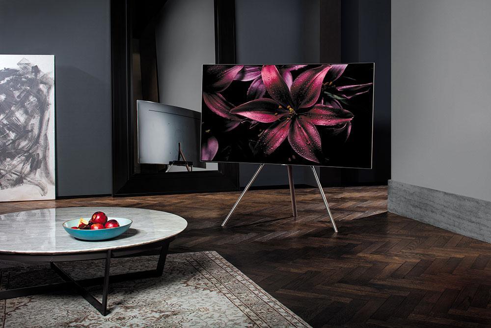 Televisor Samsng QLED TV en salón