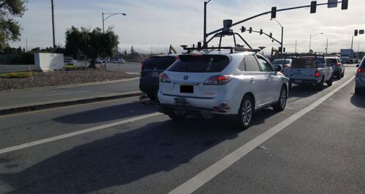 Imagen trasera del coche autónomo de Apple