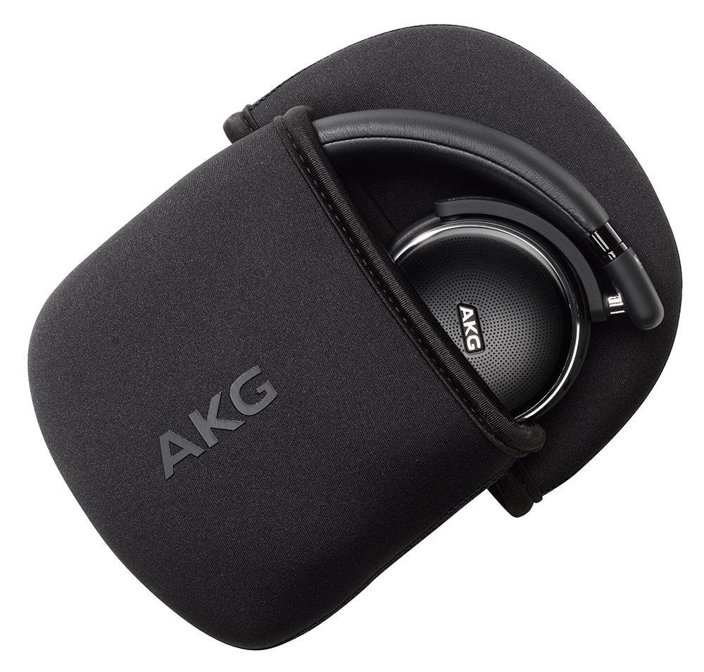 Auriculares AKG N60NC con su funda