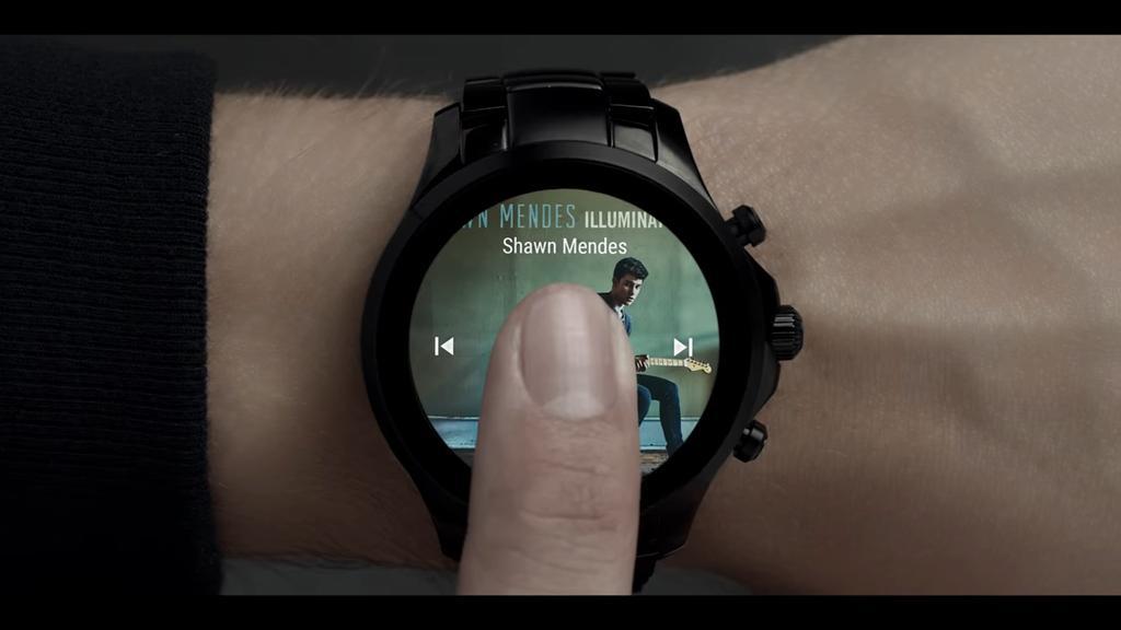 Armani lanzará sus propios smartwatch diseño del reloj