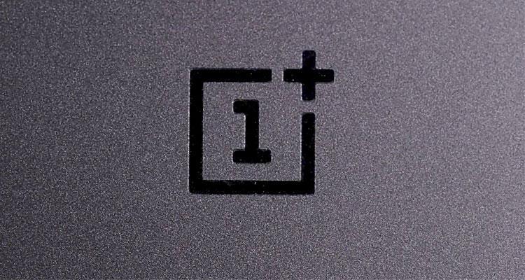 Logotipo trasera OnePlus 5