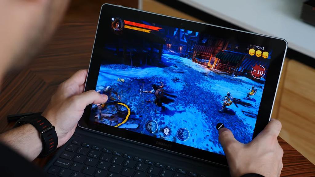 Ejecución de juego con el Samsung Galaxy Book
