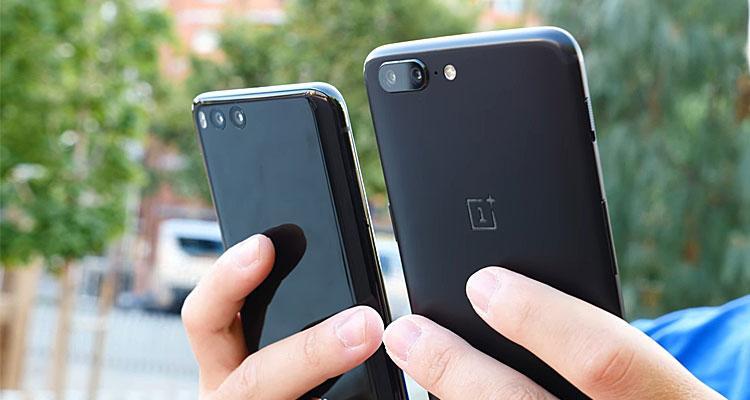 Trasera del OnePlus 5 y el Xiaomi Mi 6