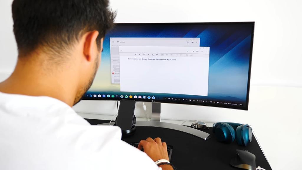 Uso del accesorio Samsung DeX Station