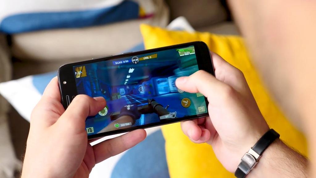 Ejecución de juego en el Moto G5s Plus