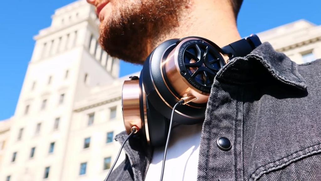Uso de los auriculares 1MORE Triple Driver
