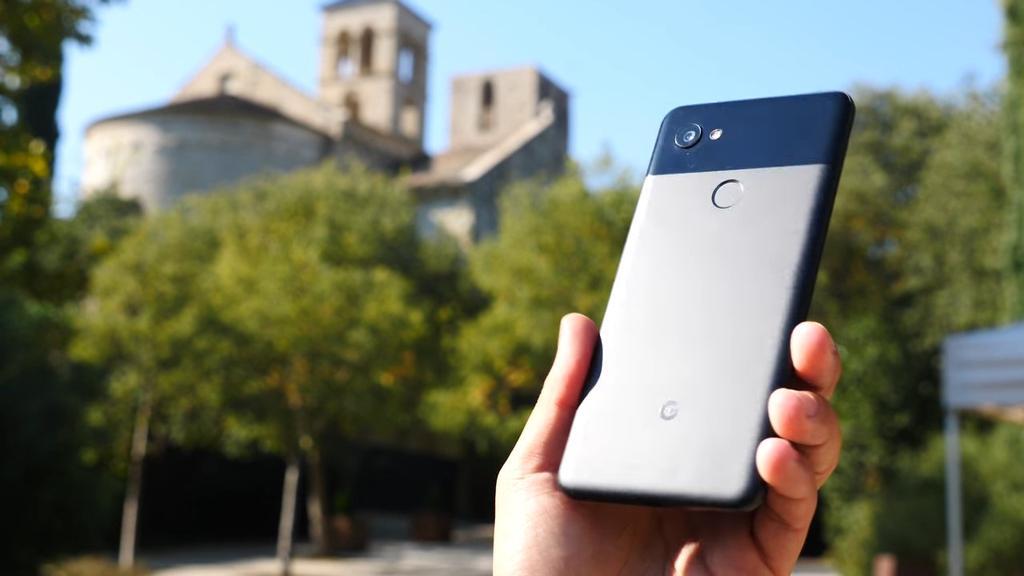 Imagen trasera Google Pixel 2 XL