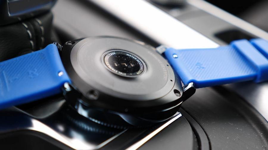 sensor ritmo cardíaco del  Samsung Gear Sport