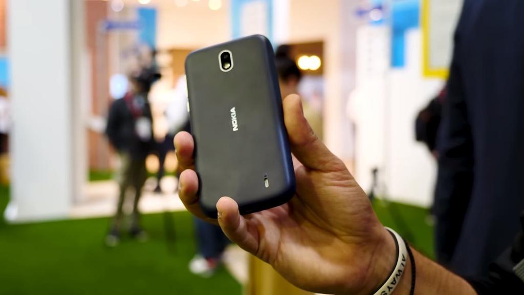 Trasera del Nokia 1