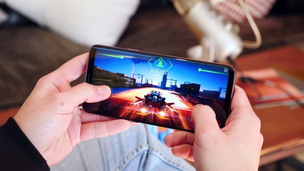 Ejecución de un juego en el Samsung Galaxy S9+