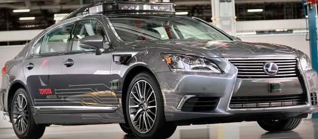 Coche autónomo de tercera generación de Toyota