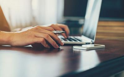 Uso de ratón inalámbrico con un ordenador portátil