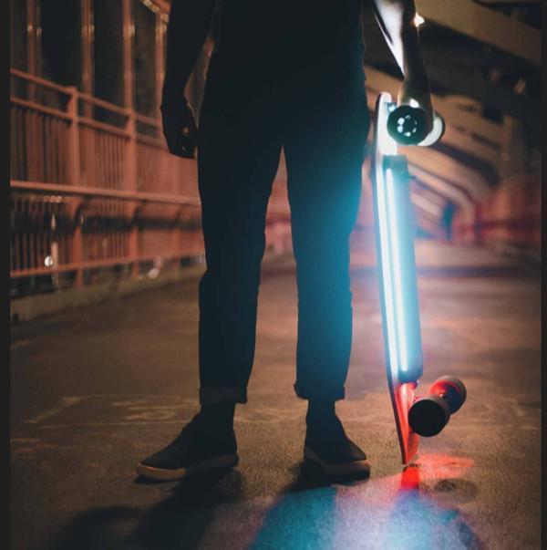 LED integrados en Xiaomi ACTON