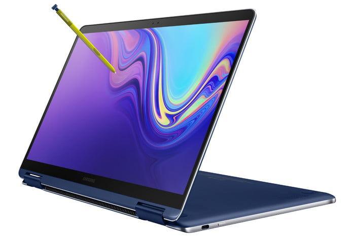 Samsung Notebook 9 Pen con S Pen en uso
