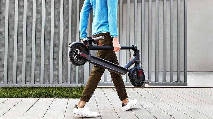 Patinete Xiaomi Mi Scooter M365 plegado