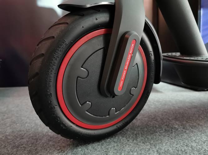 rueda del patinete eléctrico Xiaomi Mi Scooter Pro