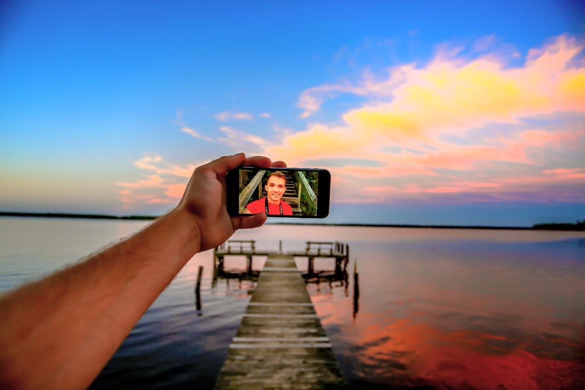 Smartphone mar vacaciones