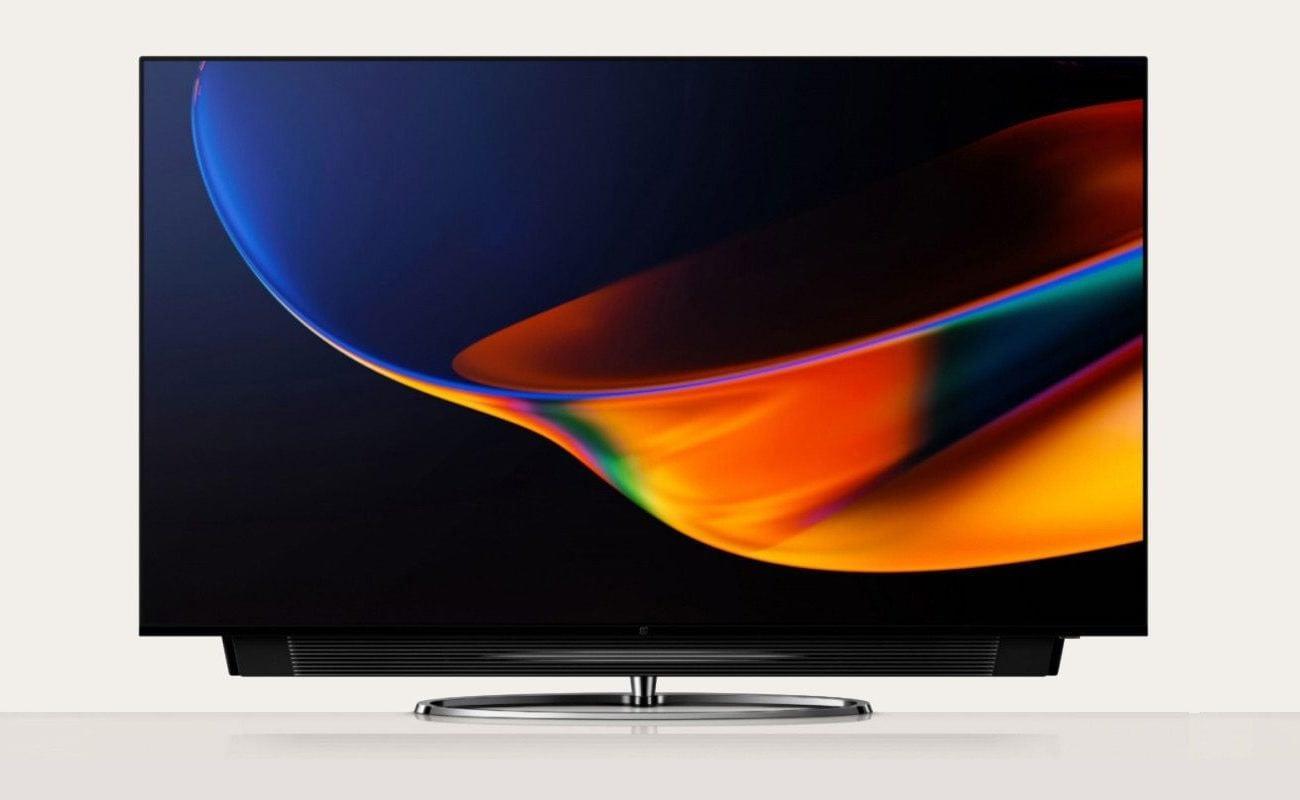 OnePlus TV Q1 Pro con barra de sonido deslizable