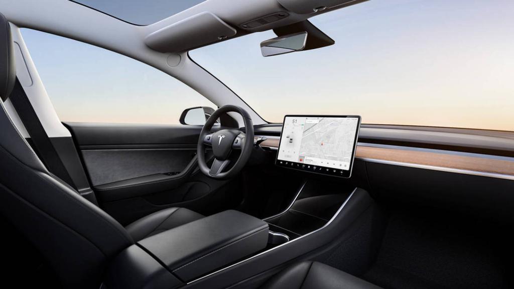 Interior coche de Tesla