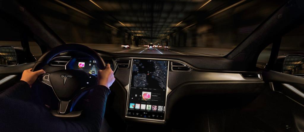 Uso de los mapas en coche Tesla