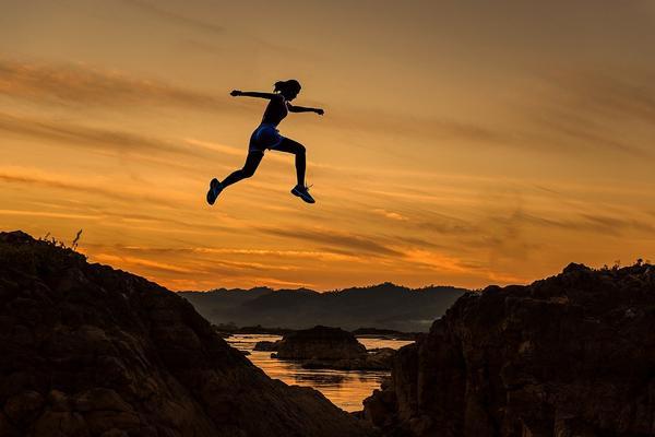 Saltar hacer deporte