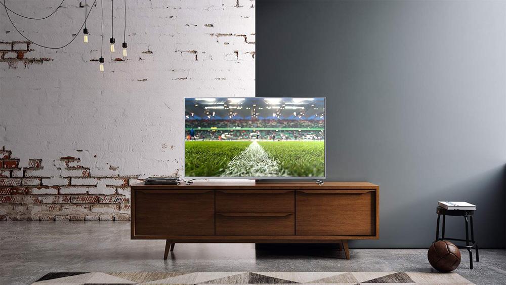 Uso de Smart TV en salón