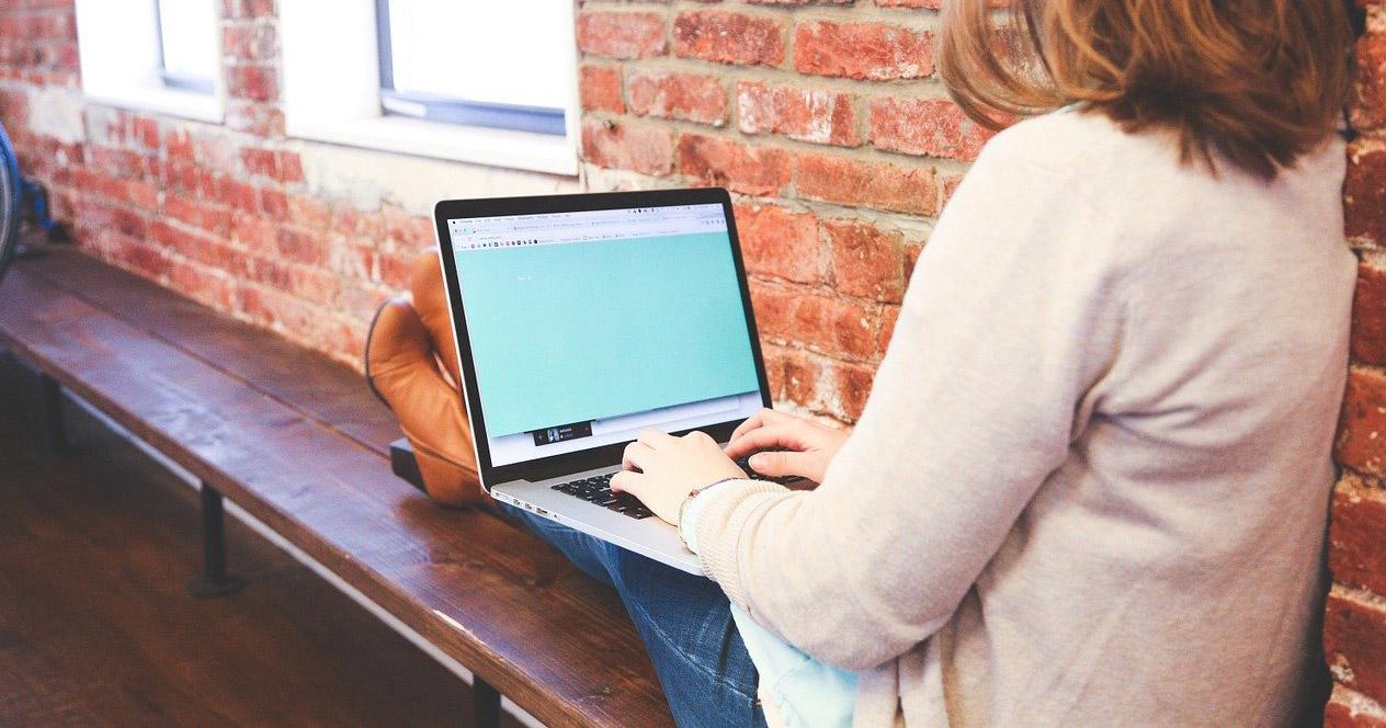 Uso de portátil en movilidad