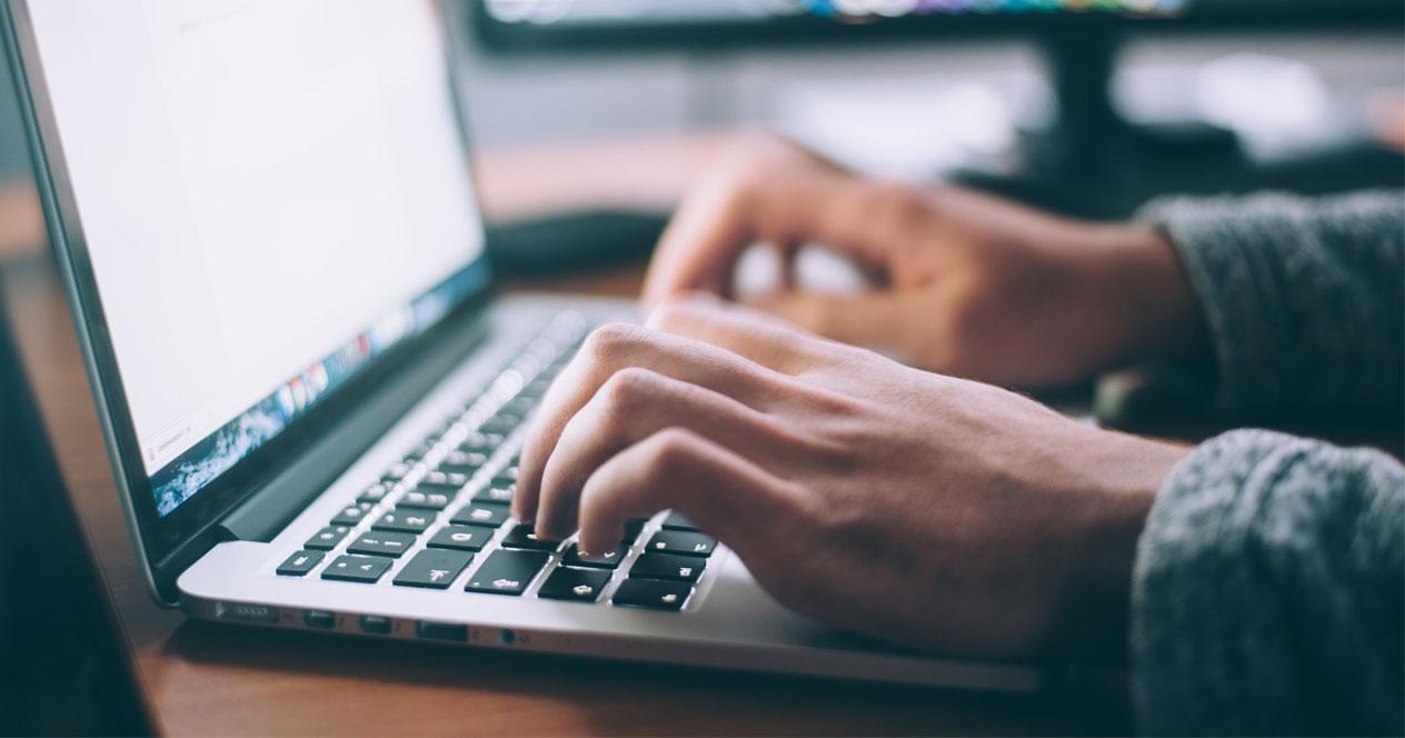 Uso de ordenador portátil