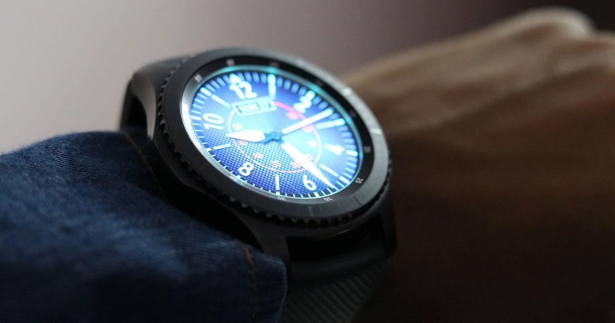 Pantalla smartwatch con Wear OS