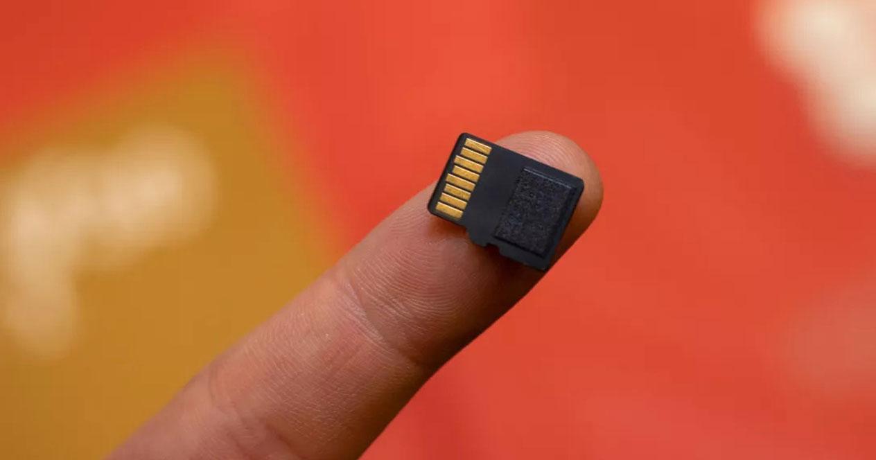 tarjetas microSD con uso con dedo