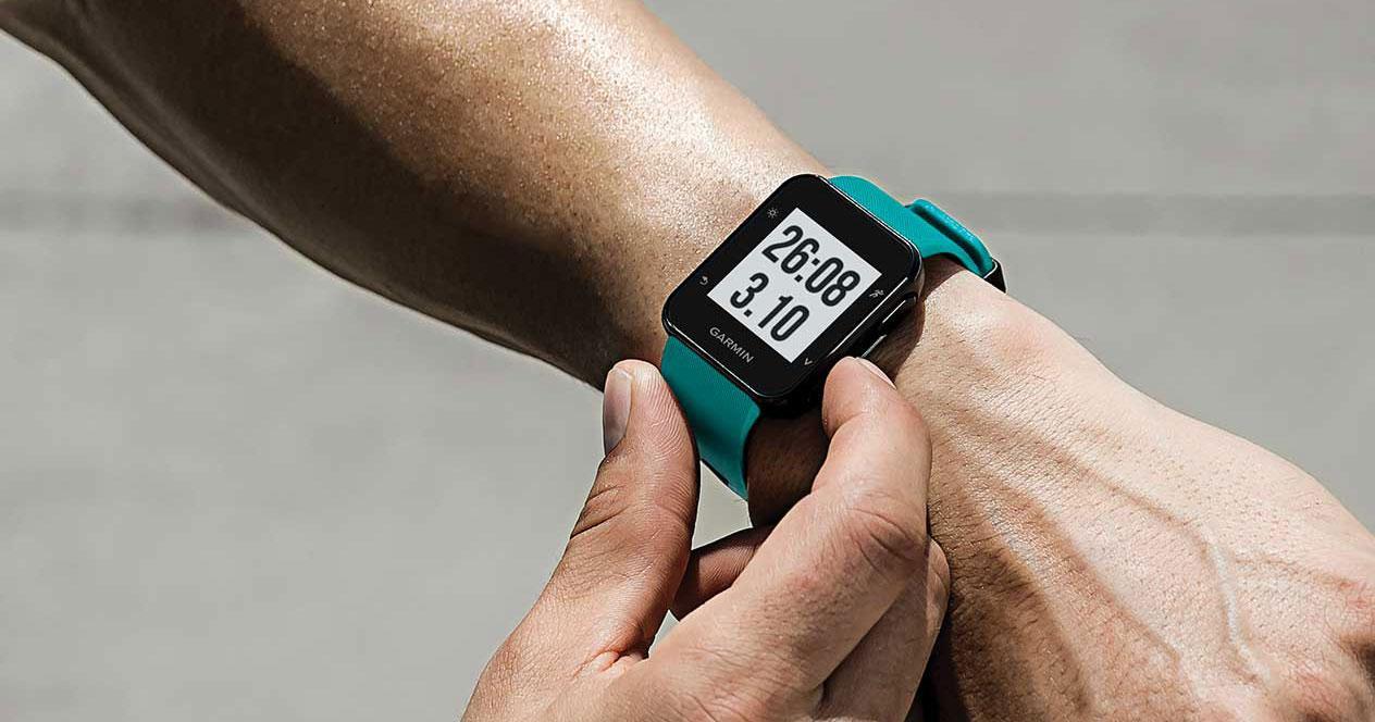 Uso del smartwatch Garmin Forerunner 30