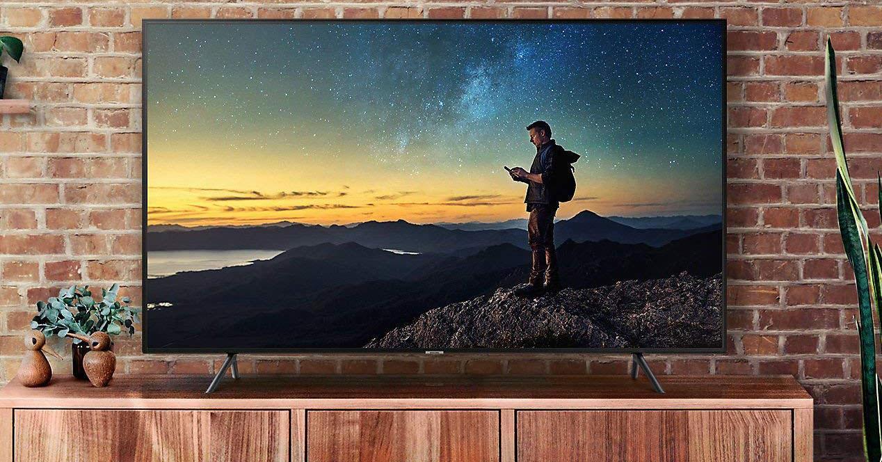 Uso de la Smart TV Samsung 55Q60T