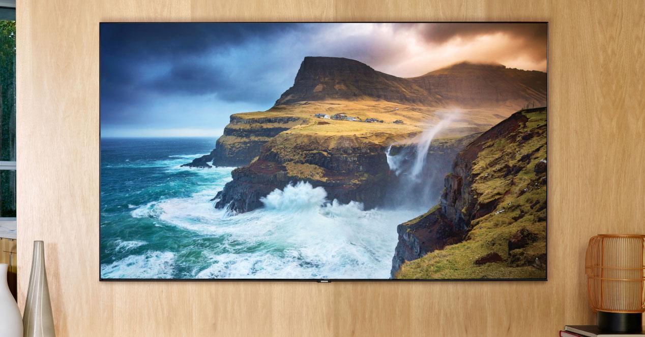 Uso de la Smart TV Samsung QLED 4K 2020 65Q70T