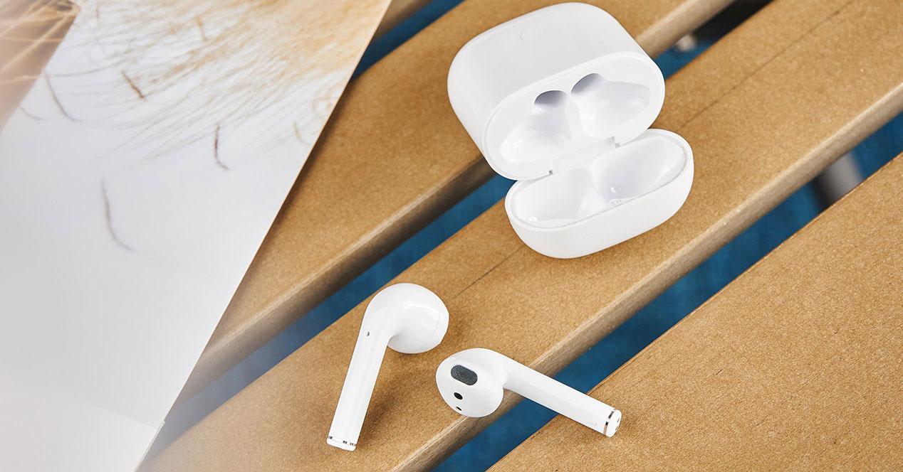 Auriculares Realme Buds Air neo de color blanco