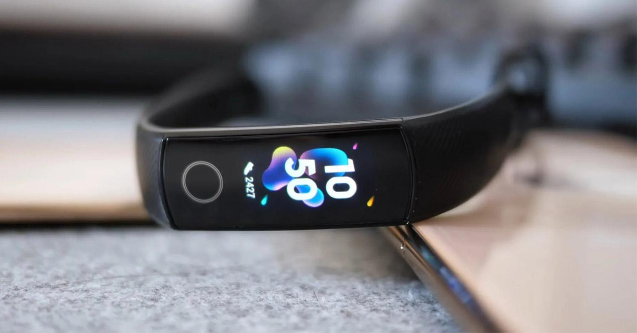 Smartband Honor Band 5 de color negro