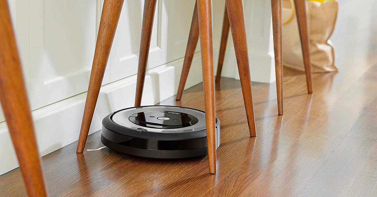 iRobot Roomba e5154 - Robot Aspirador Óptimo Mascotas
