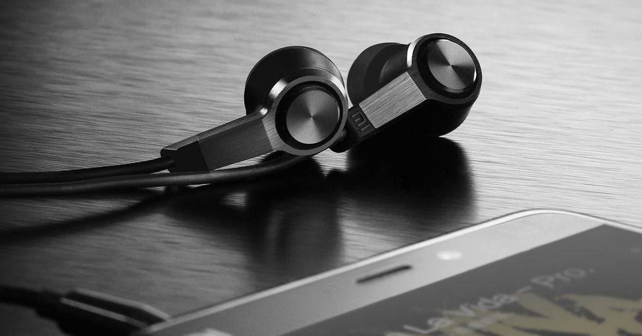 Auriculares Xiaomi Piston color negro