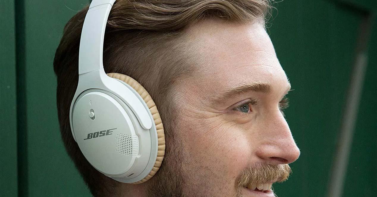 Bose SoundLink II en blanco