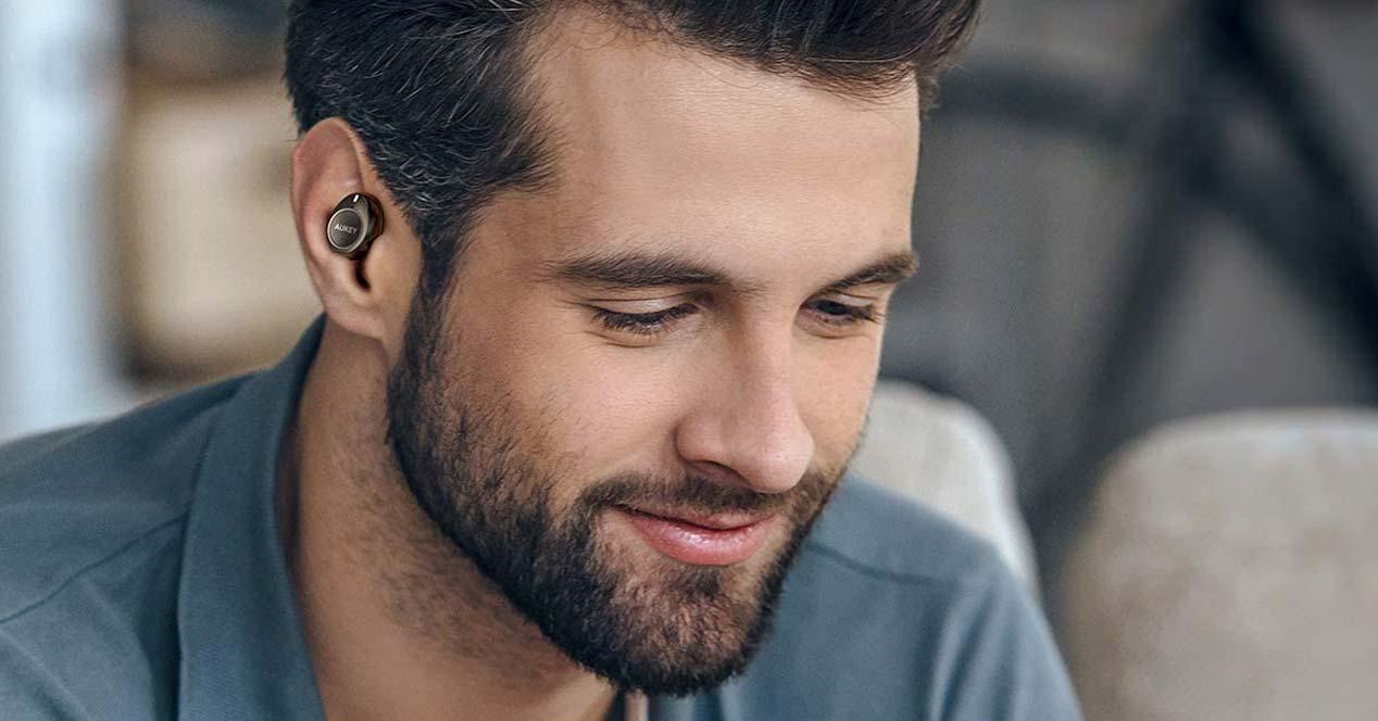 Uso de los auriculares Aukey EP-T20