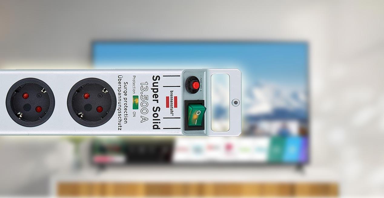 Regleta Smart TV