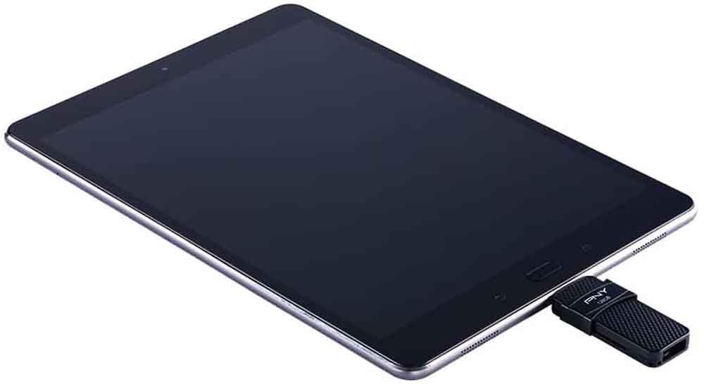Pendrive USB tipo C en un tablet