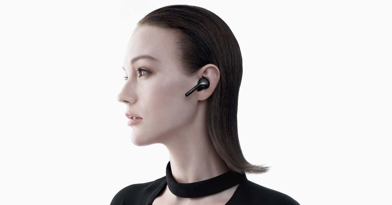 uso de los auriculares Huawei FreeBuds Lite