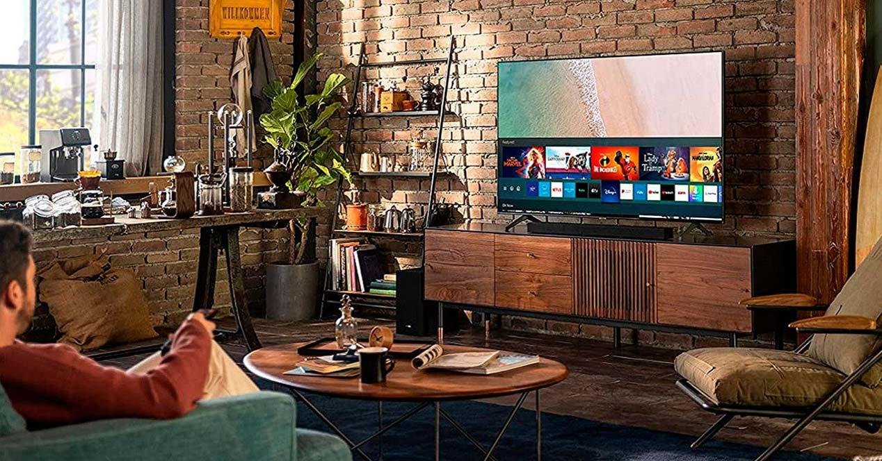 Barra de sonido Samsung en un salón
