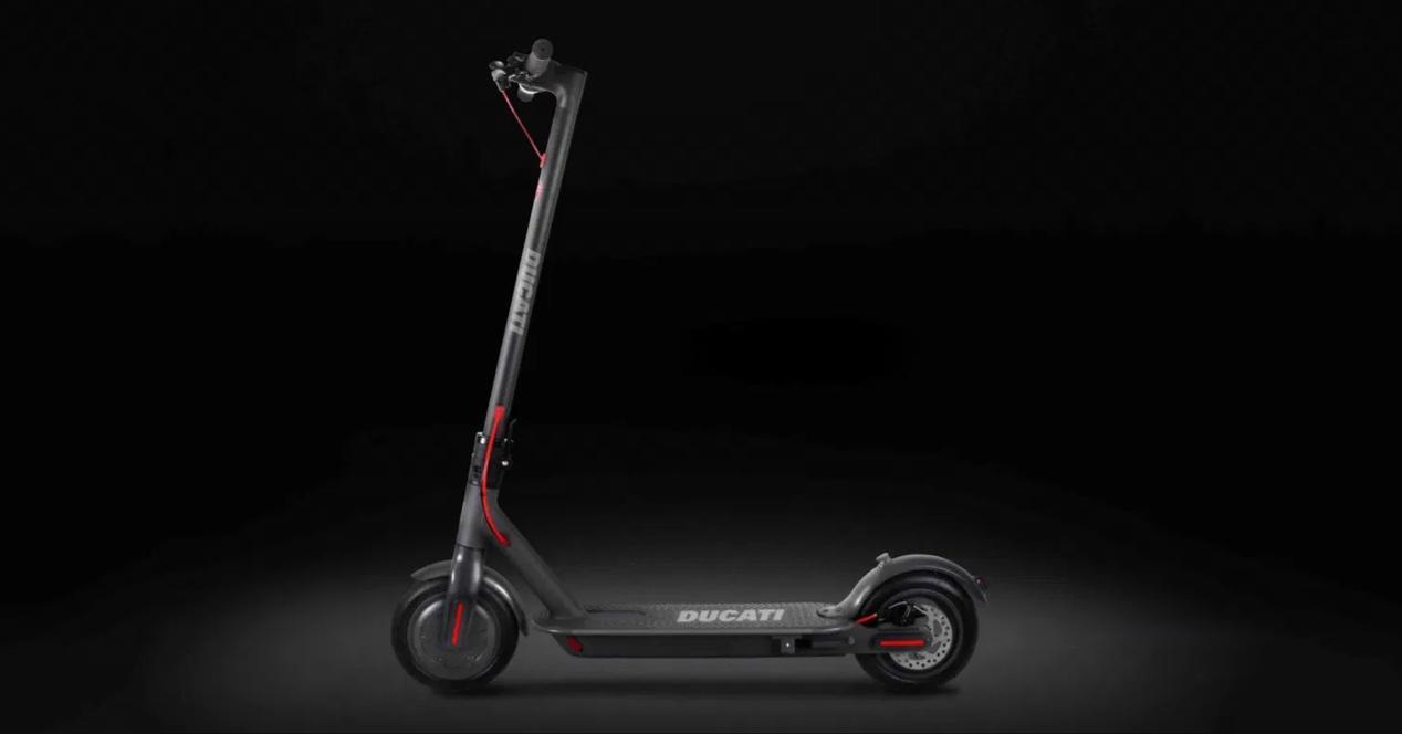 Patinete eléctrico Ducati Pro-I Plus